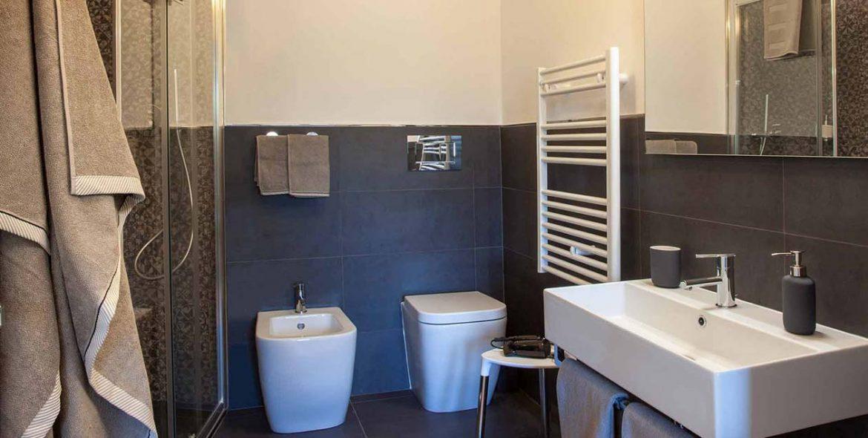 camera Giacinto Celeste bagno